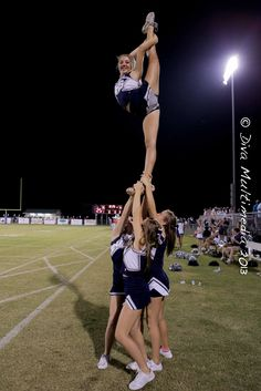 Parker pulling her needle. #cheer #cheerleader #stunts