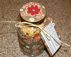 Very cute and easy teacher gift for Thanksgiving. Might be doing these. :)