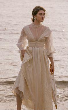 Retro Fashion, Korean Fashion, Vintage Fashion, Striped Dress, White Dress, Long Vests, Bohemian Wedding Dresses, 15 Dresses, Streetwear Fashion