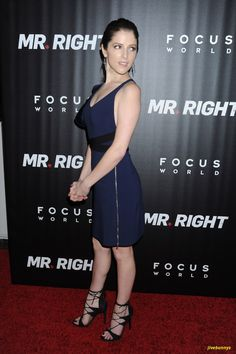 Anna at the premiere of Mr Right in NYC Anne Kendrick, Non Blondes, Pitch Perfect, Hot Brunette, Celebs, Celebrities, Woman Crush, Beautiful Actresses, Celebrity Photos