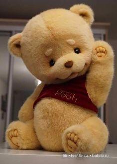 Winnie the Pooh By Victoria Makarova - Bear Pile Huge Teddy Bears, Teddy Bear Day, Teddy Bear Images, Teddy Bear Pictures, Crochet Teddy Bear Pattern, Knitted Teddy Bear, Winnie The Pooh, Bear Wallpaper, Teddy Toys