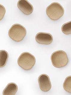 Portugal's Amorim, the world's largest manufacturer of cork, invited ten designers to design a product for their new lif Id Design, Plate Design, Clean Design, Modern Design, Cork Material, Pure Simple, Palette, Pottery Designs, Wooden Art