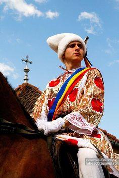 Brasov, Romania Brasov Romania, Peles Castle, Popular Costumes, Romanian Girls, Carpathian Mountains, Renaissance Architecture, Medieval Town, Folk Costume, People Of The World
