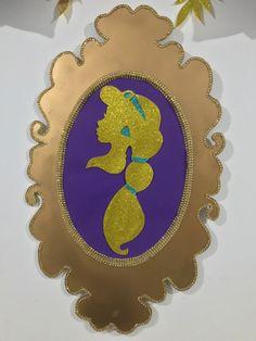 Decoración princesa Jasmine Decorative Plates, Home Decor, Manualidades, Decoration Home, Room Decor, Home Interior Design, Home Decoration, Interior Design