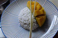 Qooking.ch   Riz au lait de coco & mangue Dairy, Asian, Cheese, Food, Rice Puddings, Recipe, Thai Dessert, Asian Cuisine, Mango