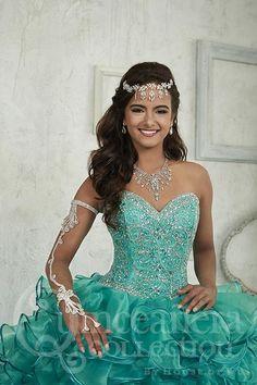 9a79d023126 129 Best Quinceañera Dresses images in 2019