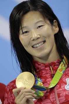 リオ五輪の競泳女子200メートル平泳ぎでは、金藤理絵選手が岩崎恭子選手以来となる金メダルを獲得!リオデジャネイロオリンピック 2016
