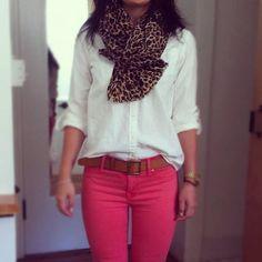 Roze broek met bruine riem: love it!