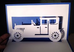 Old Fashion car pop-up card 3d Paper Art, Paper Crafts, Pop Up Tunnel, Origami And Kirigami, Origami Car, Handmade Teacher Gifts, Old Fashioned Cars, Pop Up Card Templates, Car Card