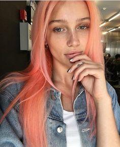 peach hair IG post by Pink Peach Hair, Peach Hair Colors, Coral Hair Color, Hair Colours, Blorange Hair, New Hair, Cheveux Oranges, Rosa Coral, Short Hair Wigs