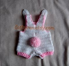 Pink_bunny_back-c_small2