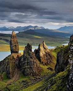 Scotland's Hebride Islands. Our tips for 25 fun things to do in Scotland: http://www.europealacarte.co.uk/blog/2010/12/30/things-scotland/