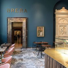 Located in the former entrance hall of Pinacoteca di Brera, the city's foremost picture gallery, Caffè Fernanda welcomes the museum's guests in a revamped space that embodies the. Interior Design Berlin, Lobby Interior, Boutique Interior, Restaurant Door, Modern Restaurant, Restaurant Design, Commercial Design, Commercial Interiors, Hotel Interiors