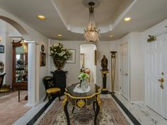 Formal entry way. #SanDiego #UTC #62+RetirementCommunity #Penthouse #LaJolla