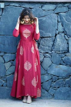 Bollywood Hot Designer Women's Kurtis from Shahjaan's Shop Indian Designer Outfits, Indian Outfits, Designer Dresses, Kurti Designs Party Wear, Kurta Designs, Robe Anarkali, Sewing Dress, Mode Abaya, Indian Gowns Dresses