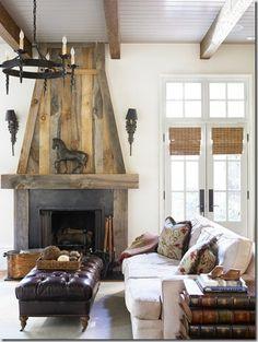 Cozy Corner Fireplace Design Ideas in the Living Room Shabby Chic Rustique, Rustikalen Shabby Chic, Reclaimed Wood Fireplace, Rustic Fireplaces, Wood Mantle, Fireplace Mantle, Fireplace Ideas, Gas Fireplaces, Limestone Fireplace