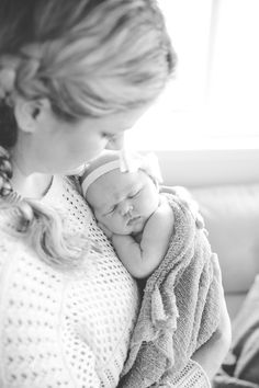Newborn lifestyle session - welcome to the world!