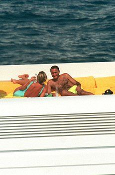 Michael Gibbins said Princess Diana was only interested in Dodi Fayed so she could spend a summer having fun on his yacht in St Tropez and that their relationship would have 'disintegrated'. Princess Diana And Dodi, Diana Dodi, Princess Diana Death, Princess Of Wales, Princesa Diana, Dodi Al Fayed, Funeral, British Royal Families, Diane
