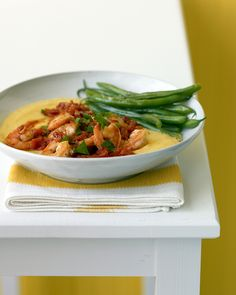 Shrimp and Tomatoes over Soft Polenta: This meal is akin to Southern shrimp and grits, with an Italian twist: Spoon the stewlike shrimp and tomatoes over creamy polenta and serve with green beans.
