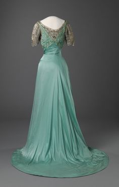 Evening dress, ca 1909 France