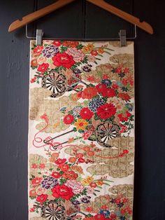 1960s embroidered silk obi
