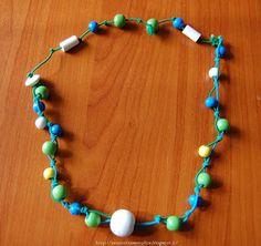 Tante piccole idee realizzate: Collana con perle di legno colorate