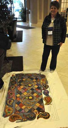 Squares and paisley - awesome! Wool Quilts, Wool Rug, Rugs On Carpet, Carpets, Wooly Bully, Paisley Quilt, Scrap Material, Hand Hooked Rugs, Silk Art