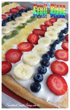 OH YEAH! Perfect for SUMMERTIME BABY! Fresh Fruit Pizza recipe made the easy way! You can make this with pizza dough crust from a can or cookie dough too! See which one I like better! Just Desserts, Delicious Desserts, Dessert Recipes, Yummy Recipes, Simple Recipes, Pizza Recipes, Cooking Recipes, Cooking Time, Christmas Friends