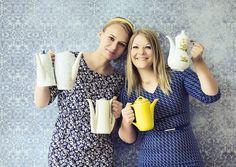 Aus einem Italiener wurde Omas Teekanne. Yuno Khripunova und Sandra Auer wandelten ein ehemaliges Ristorante in ihre Teebar mit Nostalgieflair um.