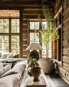 Cabin Design, House Design, Rustic Design, Home Interior Design, Interior And Exterior, Cozy Cabin, Eclectic Decor, Wabi Sabi, Traditional House