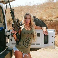 ;-)~❤~ Mädchen In Uniform, Pinup, Tumbrl Girls, Hunting Girls, Military Women, Military Army, Female Soldier, N Girls, Girls Eyes