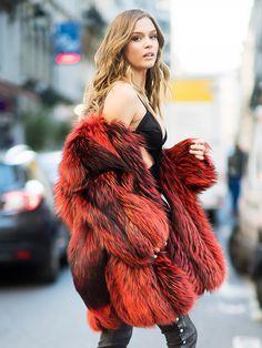 Model Josephine Skriver Breaks Down Her Date-Night Beauty Routine via @ByrdieBeauty