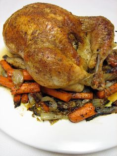 I make this once a week and it does e out perfect! - essen - I make this once a week and it does come out perfect! Ina Garten's Perfect Roast Chicken Recipe Young Chicken Recipe, Oven Roasted Chicken, Roast Chicken Recipes, Chicken Potatoes, Turkey Recipes, Meat Recipes, Cooking Recipes, Dinner Recipes, Gastronomia