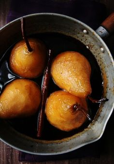 Poached pears with orange, cinnamon and caramel make for a fruity, warming dessert (that's unbelievably yummy) at a fall dinner party.
