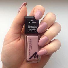 Nagellack für diese Woche  #Manhattan #manhattancosmetics #manhattannailpolish #nails #naillaquer #nailpolish #nailstagram #Nägel #nagellack #beaqueen