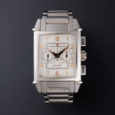 Girard Perregaux Vintage 1945 King Chronograph Automatic // 2580 // Store Display Well before the vintage look had permeated all trends, Girard-Perregaux conceived a collection inspired by the retro forms of one of its Art Deco style watches...