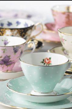 Her favourie tea set #royalalbert100