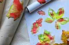 Moosgummi Blätterdruck durch abrollen Kindergarten, Plastic Cutting Board, Autumn, Blog, Fall Season, Fall, Blogging, Preschool, Kindergartens