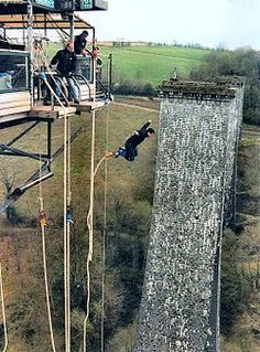 Bucket List : Before I die I want to... bungee jump