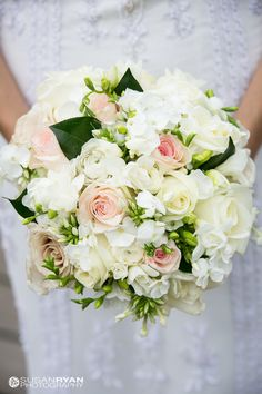 Bride's Bouquet | Visit nkfloraldesign.com for more #nkfloraldesign #flowers #wedding #bouquets | Susan Ryan Photography