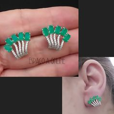 Brinco Ear Cuff, delicado, semi joia de luxo em Prata 925 e pedras Verde Esmeralda Folheado Rodio