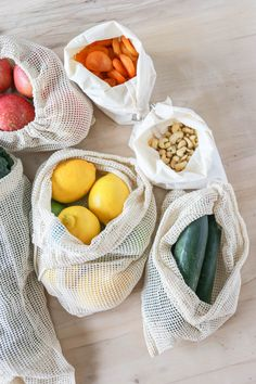 Eco-Friendly Plastic Alternatives I Love. How To Reduce Your Plastic Usage. Alternatives to Plastic. Reusable grocery and produce bags. Plastic Food Packaging, Plastic Alternatives, Friendly Plastic, Eco Friendly Cars, Reusable Grocery Bags, Bulk Food, Produce Bags, Sustainable Living, Sustainable Design