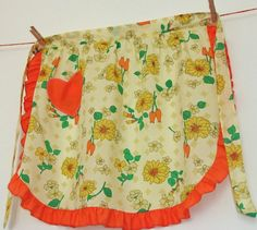 Vintage 1950s cotton apron / pinny with orange and yellow flowers