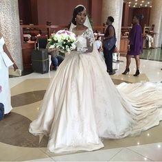 Beautiful @nonnie_e ! Via @stylebyayaba  #BellaNaijaWeddings #Nok2016 Wedding Wishes, Wedding Pics, Wedding Bells, Wedding Styles, Wedding Ideas, White Wedding Gowns, Wedding Bridesmaid Dresses, Dream Wedding Dresses, African American Brides