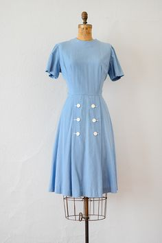 vintage 1940s sky blue cotton dress with buttons