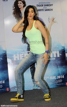 Kriti sanon IN JEANS IMAGES - Google Search