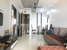 Aasha Realtors : 2 Bhk For Sale In Borivali West 451915