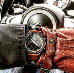 Omega Speedmaster watch on the original strap (x-post r/watches) : Watchbands Cool Watches, Watches For Men, Omega Speedmaster Watch, Camera Watch, Pulsar, Gentleman Style, Leather Working, Luxury Watches, Watch Bands