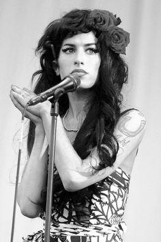 Amy Winehouse (AMYW001MMAW)