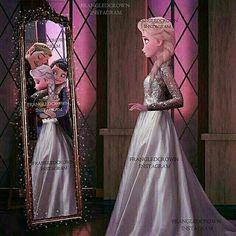 Elsa:*sighs* if only momma and papa were here. Mirror:Papa:'Elsa were pround if you' Mama:Honey ur gonna make us proud. Mirror elsa+mirror papa+mirror mama:*all hugs* Elsa:*tears stroll down face* Anna:Sis come on! Disney Pixar, Frozen Disney, Princesa Disney Frozen, Disney Memes, Disney And Dreamworks, Walt Disney, Jelsa, Cute Disney, Disney Girls